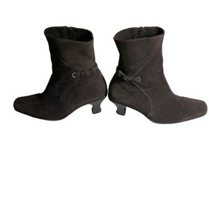 La Canadienne heeled boots brown suede size 9